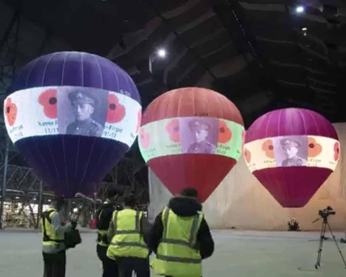 led screen hot air balloons